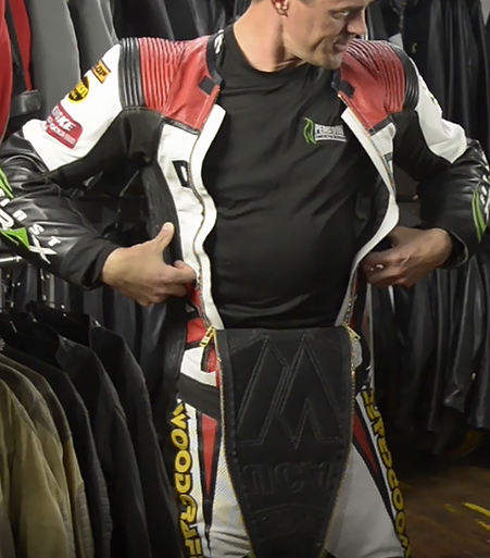 Eric Wood shows how Vanson's is designed to allow maximum airflo for cooling with their Air-Pro air bag racing suit